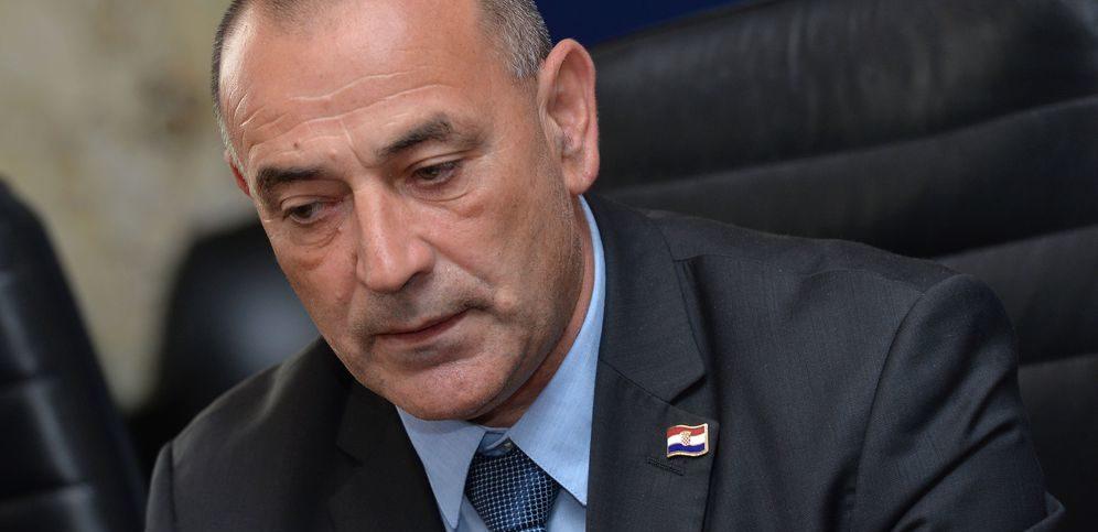 Ministar Tomo Medved: Šešeljev divljački čin veliki je problem koji Srbija mora riješiti, umjesto da ga relativizira