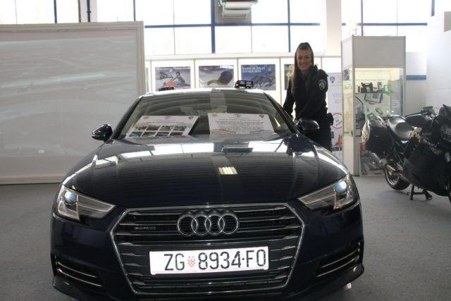 "Hrvatska policija na Zagreb Auto Show-u predstavila svoje ""presretače"""