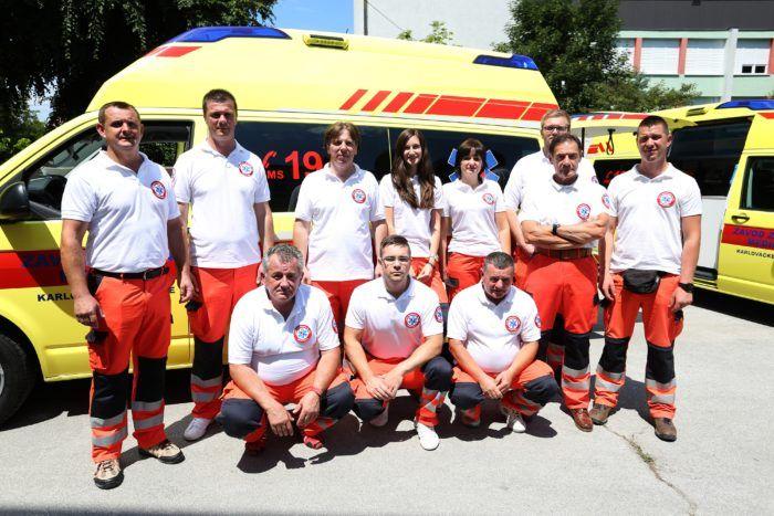 Vozila sanitetskog prijevoza bit će opremljena automatskim vanjskim defibrilatorima