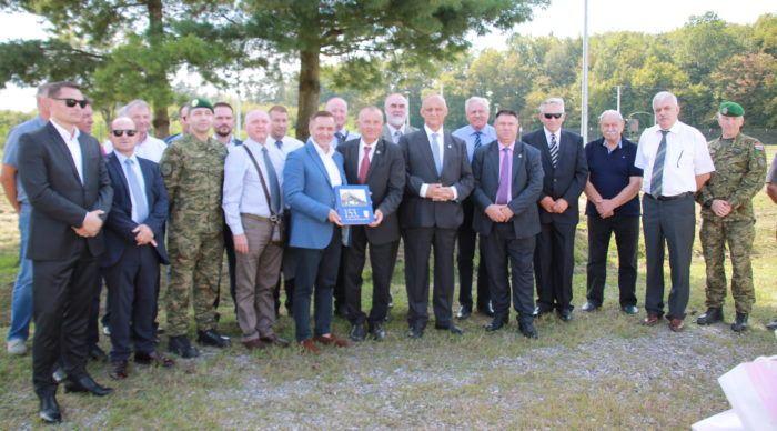 Gradonačelnik Velike Gorice Dražen Barišić i članovi Hrvatskog generalskog zbora posjetili Spomen park 153.brigade HV-a