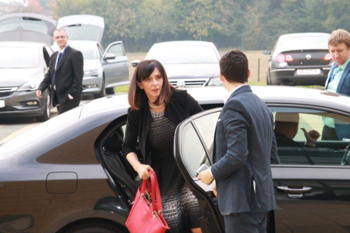Divjak: Vlada prihvatila bitno povećana sredstva za udžbenike na razini Hrvatske