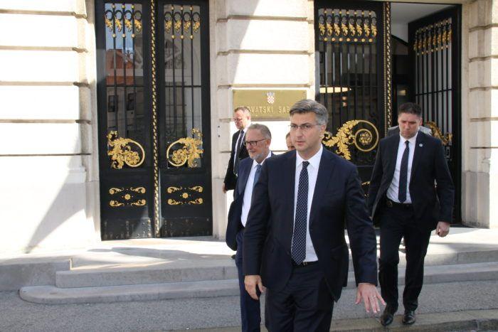 Sabor: Plenković se čudio Bernardićevom nepoznavanju načela diobe vlasti