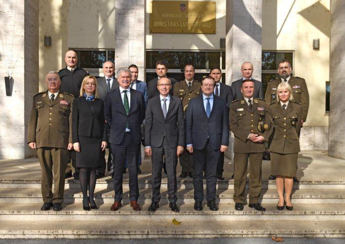 Ministar obrane Krstičević: Hrvatska vojska treba obrazovanog časnika 21. stoljeća