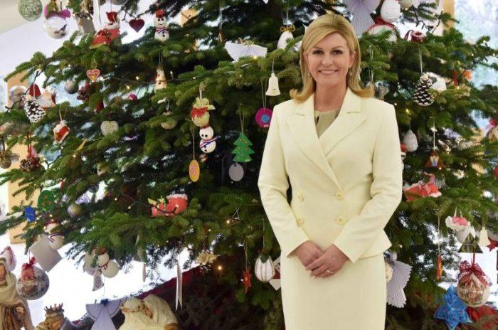 """Božićna čestitka predsjednice Republike Grabar-Kitarović: """"budimo prekomjerni u promicanju pozitivnih vrijednosti koje nas osnažuju"""""""