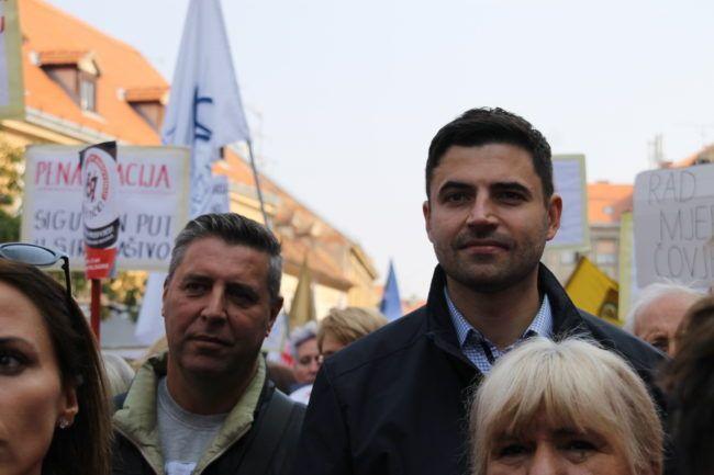 Predsjednik SDP-a Bernardić demantira da se predlagalo glasanje o povjerenju njemu
