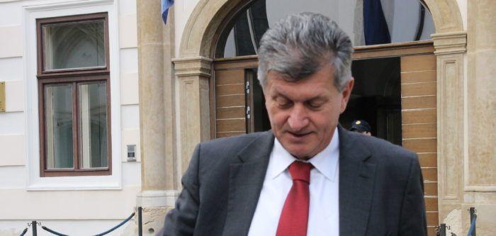 Kujundžić: Bandićevo stanje dobro, nije životno ugrožen