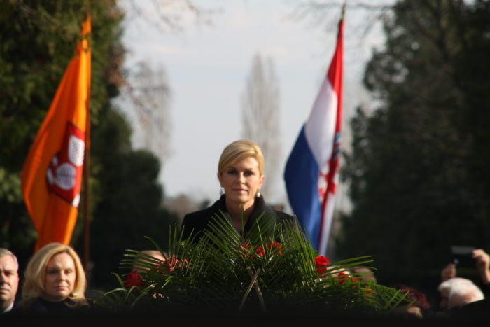 Predsjednica Republike Kolinda Grabar-Kitarović položila vijenac na grob prvog hrvatskog predsjednika Franje Tuđmana