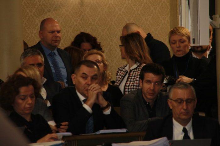 Rasprava o zagrebačkom proračun započela stankama klubova, Bandić otišao