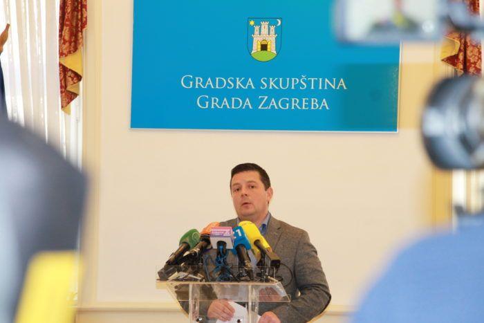 Gradski zastupnik HNS-a Tomislav Stojak: Prelazak Madjera Bandiću treba istražiti do kraja