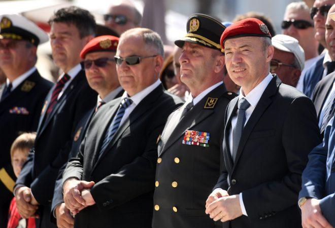 """Udruga veterana 4. gardijske brigade: Ministar Krstičević ima našu potporu """"Pa čak i ako su ovo napadi na Vladu, nije pošteno da se to radi preko njegovih leđa"""""""