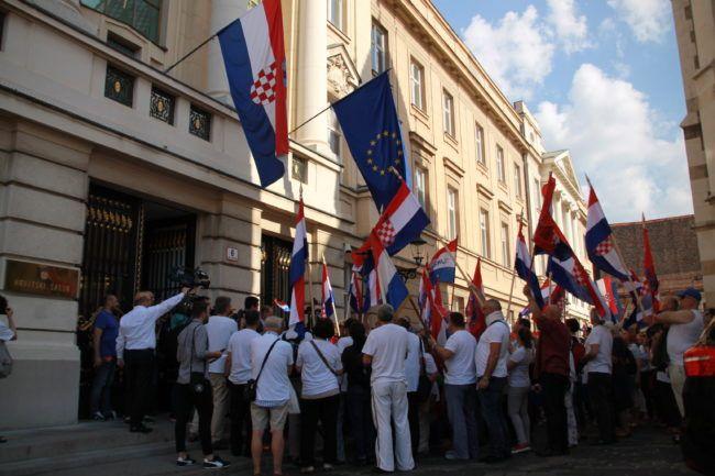 Ivan Miklenić: Politika protiv narodne volje