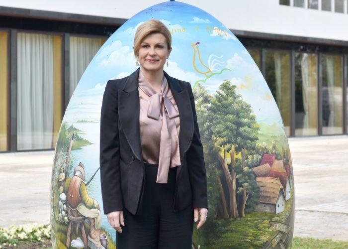 """Predsjednica Grabar-Kitarović čestitala Uskrs: """"Neka nas duhovno ozračje najvećega kršćanskog blagdana potakne na jačanje zajedništva u promicanju dobra među ljudima"""""""