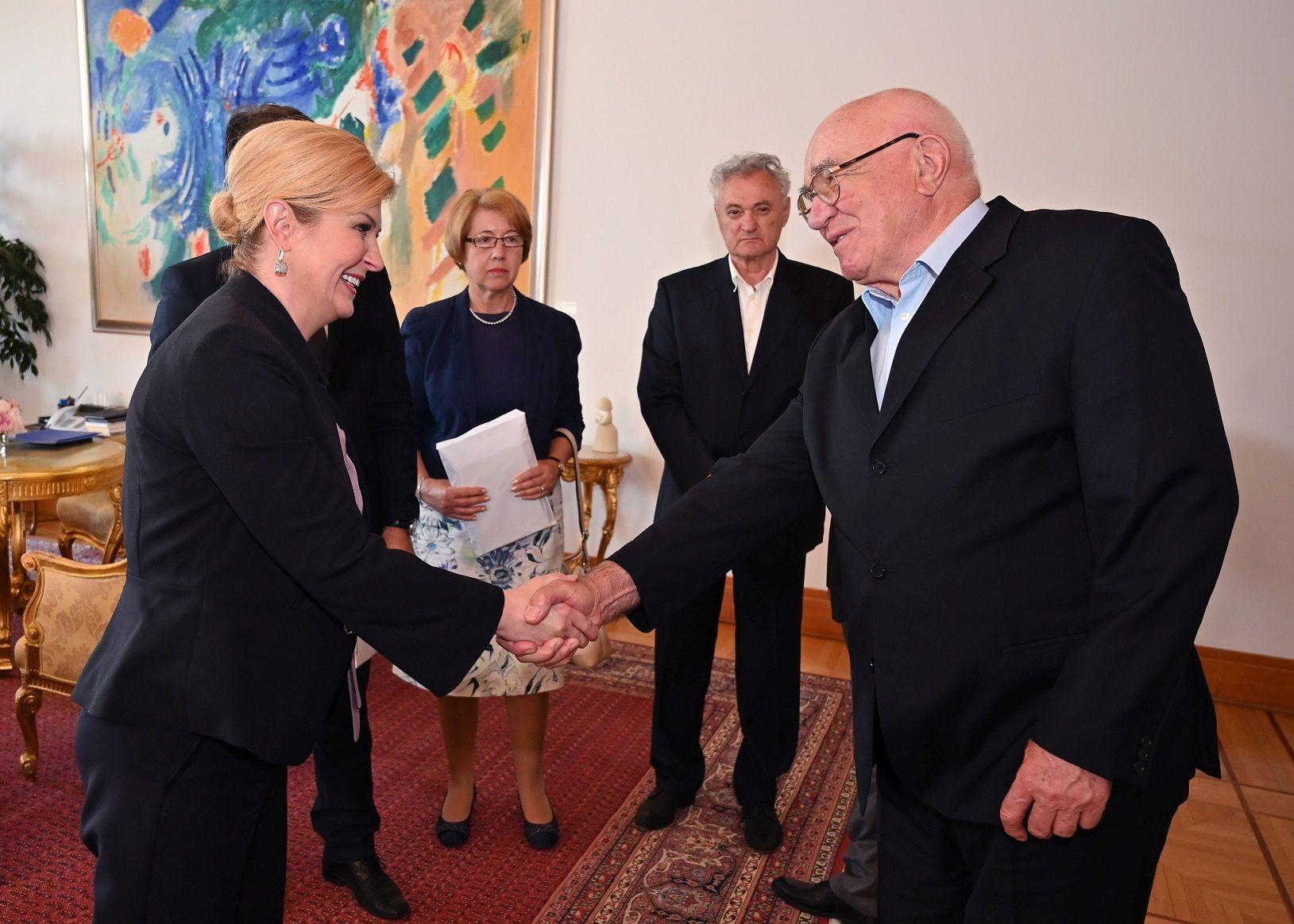 Predsjednica Grabar-Kitarović primila predstavnike Hrvatskog društva političkih zatvorenika