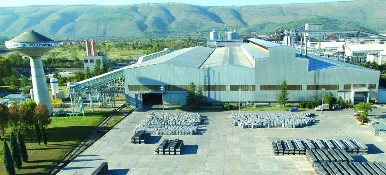 Dnevni avaz: Švicarski Glencore želi kupiti posrnuli mostarski Aluminij