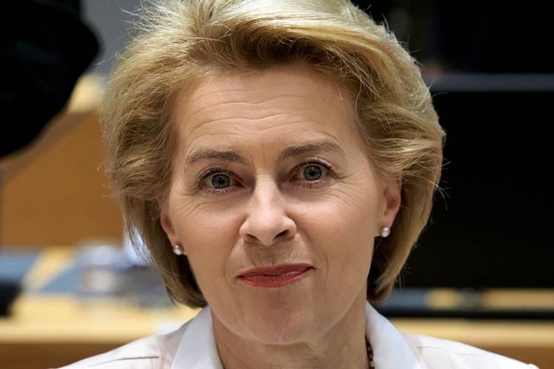 Ursula von der Leyen – liječnica, sedmerostruka majka i štićenica Angele Merkel na čelu Europske komisije