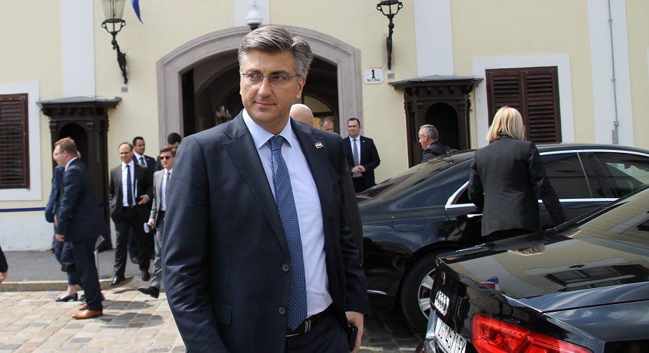 """Plenković: Za zdravu političku kulturu nužno da manjine budu uz većinu; Marasa je ponovno nazvao """"plačljivkom"""""""