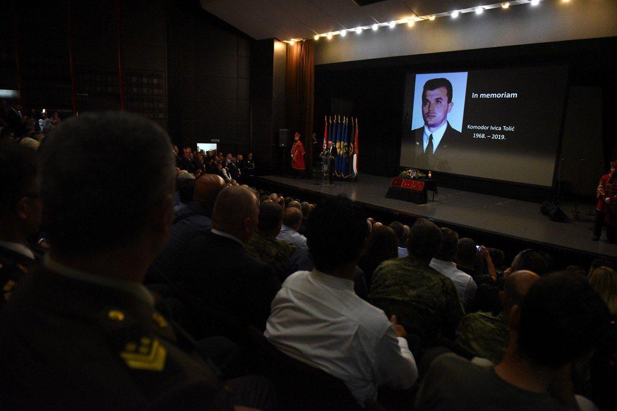 Komemoracija preminulom hrvatskom branitelju komodoru Ivici Toliću: Otišao veliki domoljub