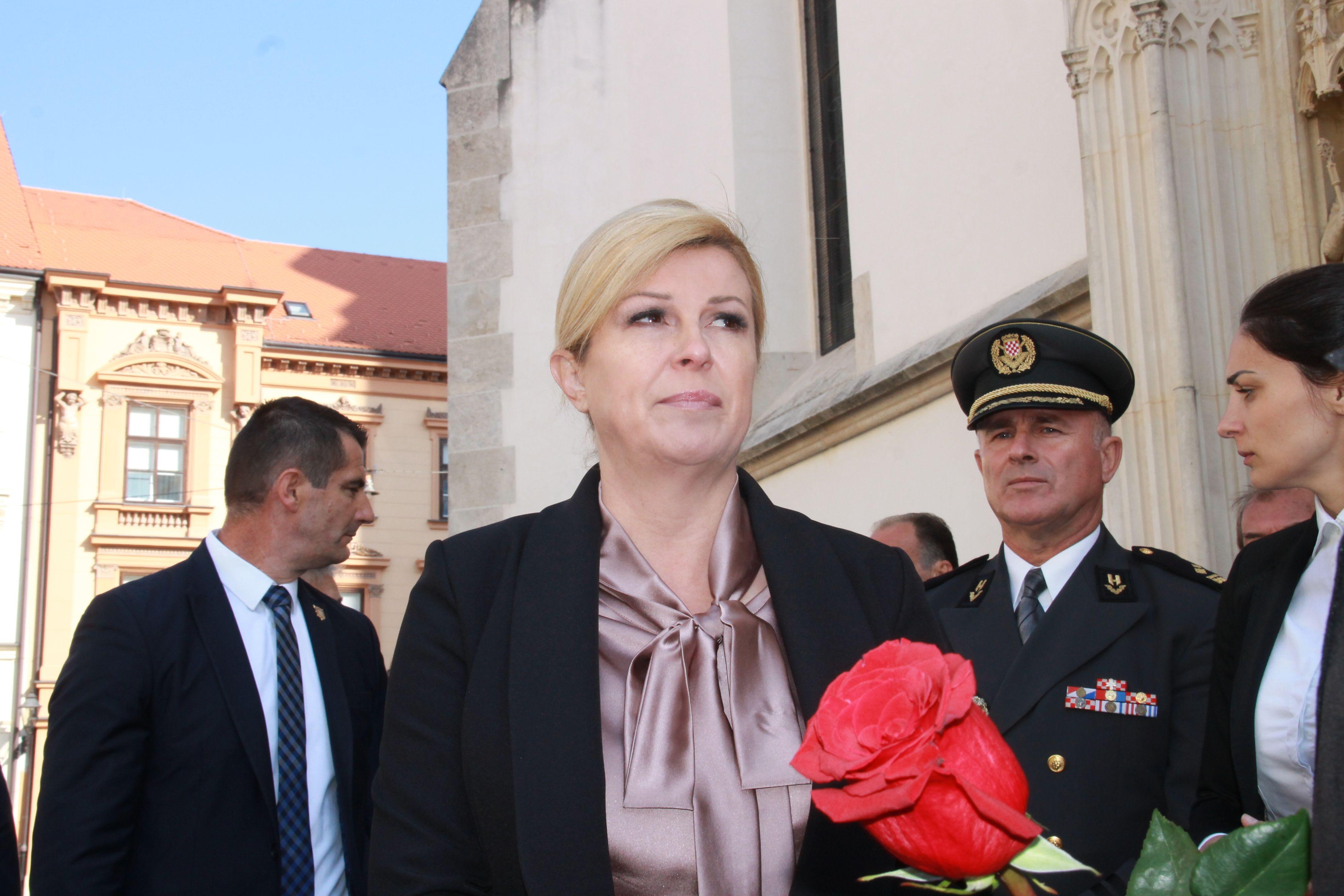 Predsjednica Grabar-Kitarović: Dan neovisnosti trebao bi biti spomendan