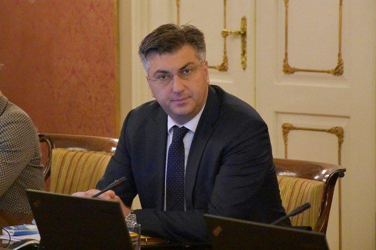 Predsjednik Vlade osudio napad na Hrvate u Sonti