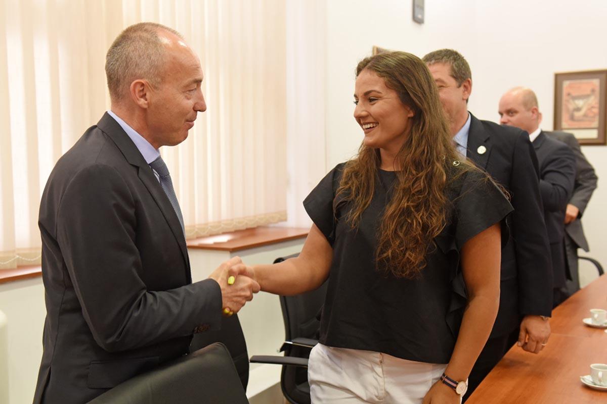 Ministar Krstičević čestitao srebrnoj judašici Barbari Matić