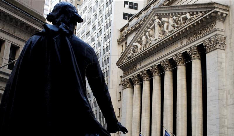 Wall Street pod pritiskom pada cijene Applea