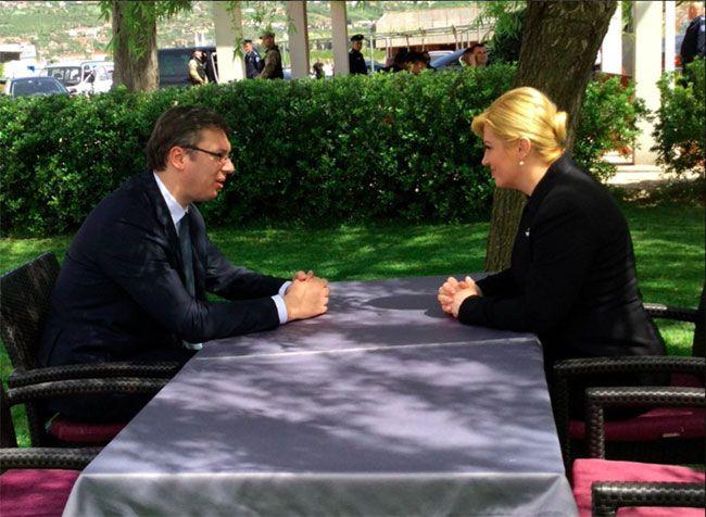 Ured predsjednice o Vučićevoj izjavi kaže da poruke u vrijeme blagdana trebaju biti nekonfliktne