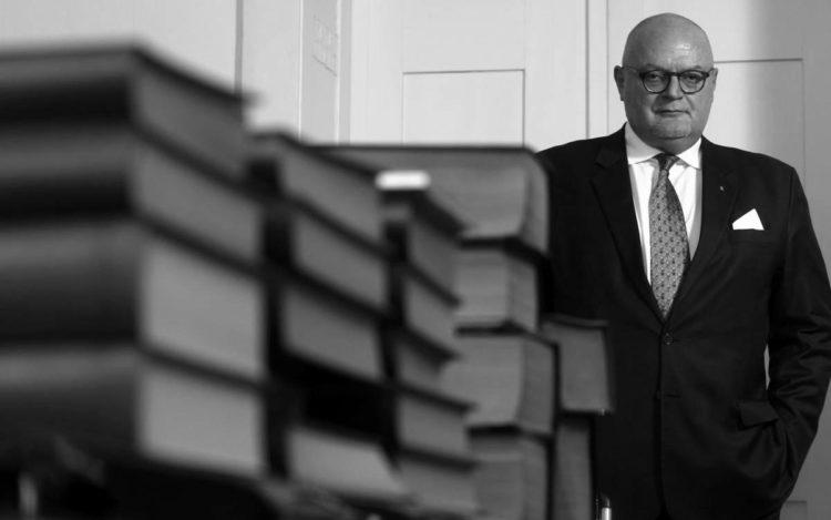 Preminuo poznati zagrebački odvjetnik Marijan Hanžeković
