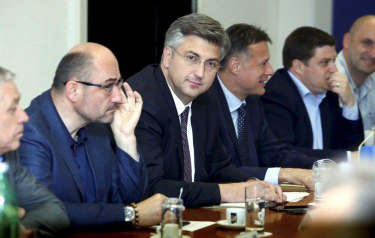 Predsjedništvo HDZ-a predložilo bezuvjetno isključenje Tomaševića