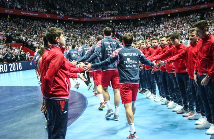 Predsjednica Grabar-Kitarović i premijer Plenković nazočili otvorenju Europskog rukometnog prvenstva u Spaladium Areni