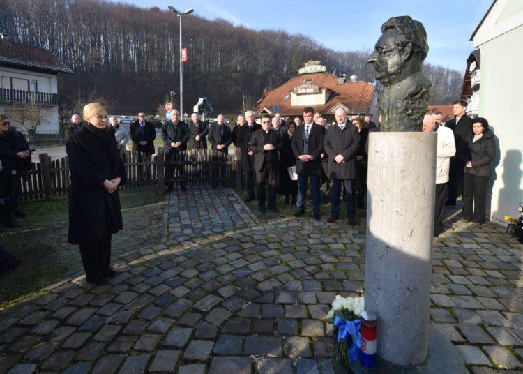 Predsjednica Grabar Kitarović posjetila rodnu kuću dr. Franje Tuđmana