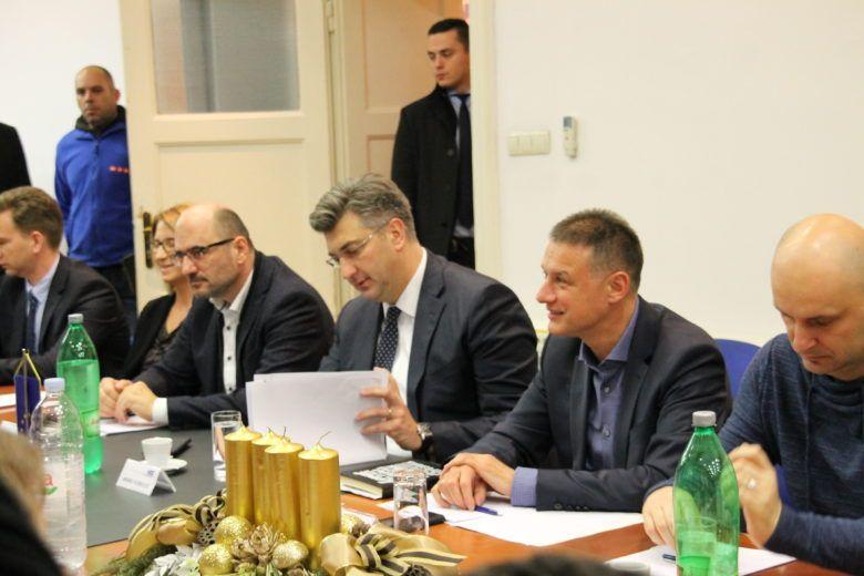 HDZ će morati odlučiti ostaju li Milinović i Tomašević