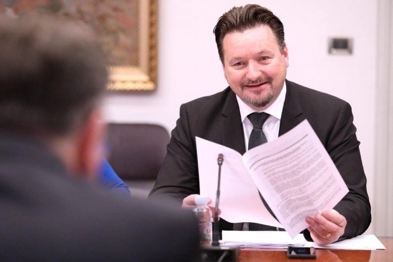 Kuščević: Reforme u 2018. -racionalizacija, digitalizacija javne uprave i nove usluge za građane