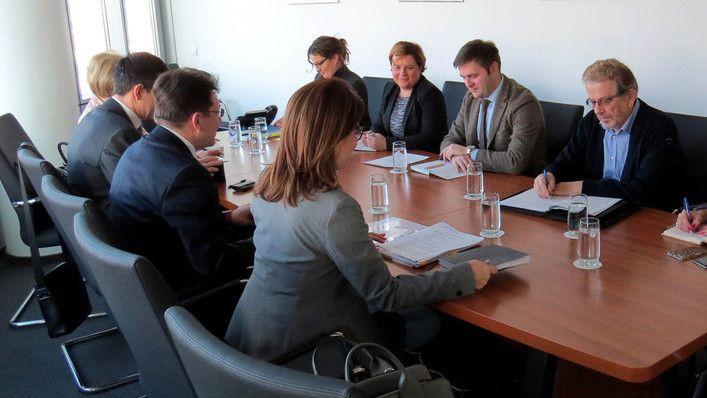 Ministar Ćorić s predstavnicima HGK o odvojeno prikupljenim korisnim sirovina iz otpada