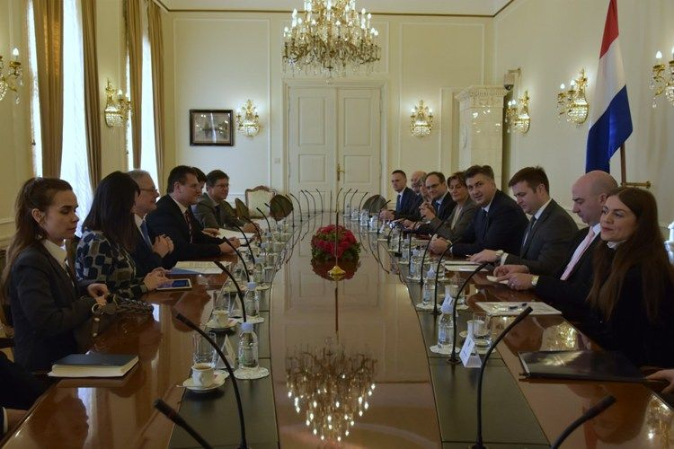 Predsjednik Vlade Plenković primio potpredsjednika EK Maroša Šefčoviča