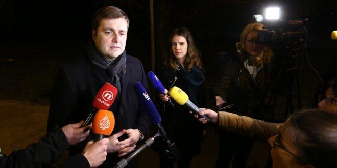 Ministar Ćorić: Radnici postrojenja Rafinerije koje se gasi ne trebaju strahovati za svoju budućnost