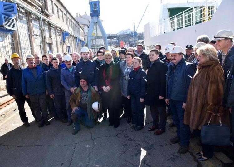 """Predsjednica Grabar-Kitarović sudjelovala na svečanosti primopredaje i krštenja broda """"Četiri zvonika"""""""