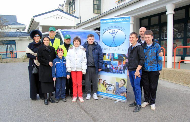Humanity First Germany darovao Caritasu kombi za prijevoz mladih s posebnim potrebama
