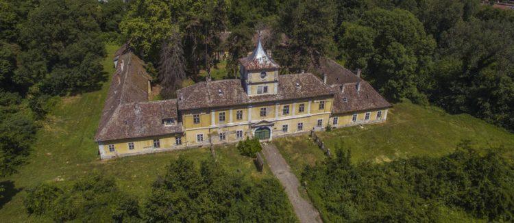 Dvorac Eugena Savojskog darovan Općini Bilju i Osječko-baranjskoj županiji
