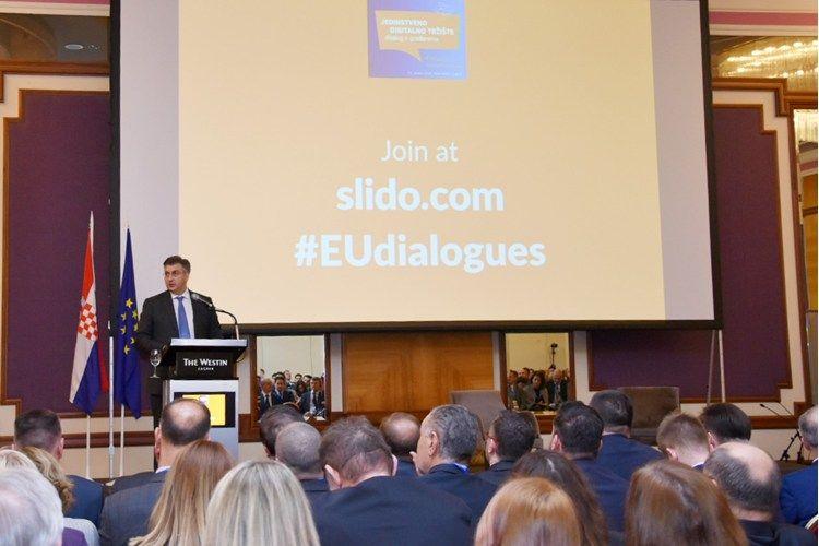 """Plenković na konferenciji """"Jedinstveno digitalno tržište – izazovi digitalne transformacije poslovnog sektora"""""""