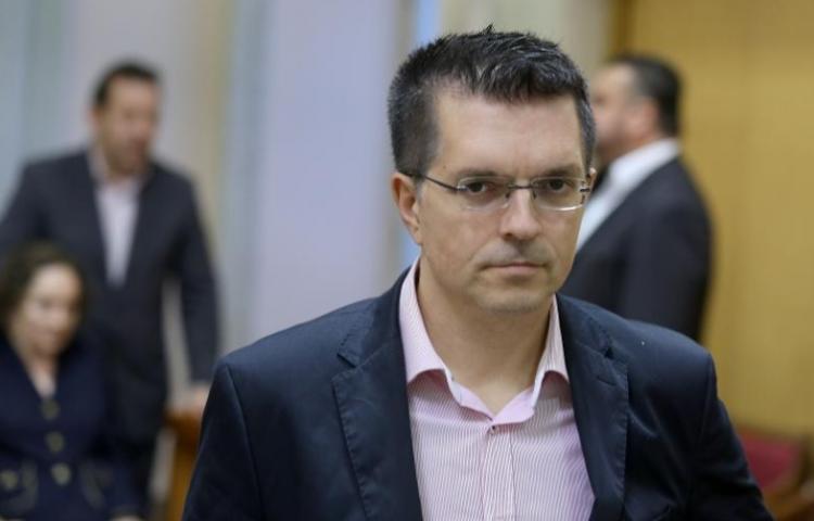 ŽIVI ZID-Branimir Bunjac: Komunalni redari su oružana sila lokalnih moćnika