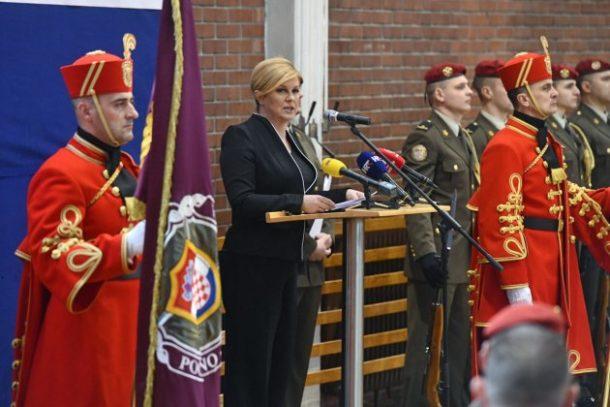 Predsjednica Grabar-Kitarović nazočila svečanosti obilježavanja 24. obljetnice Počasno-zaštitne bojne