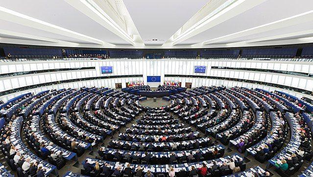 """Europarlamentarci potvrdili smanjenje broja zastupnika i sustav """"spitzenkandidata"""""""
