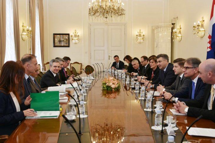 Plenković s potpredsjednikom EIB-a Scannapiecom
