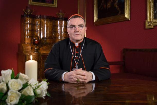 USKRSNA PORUKA – Kardinal Bozanić: Uskrs pokazuje put u obraćenje, smisao rađanja i umiranja, trpljenja i žrtve