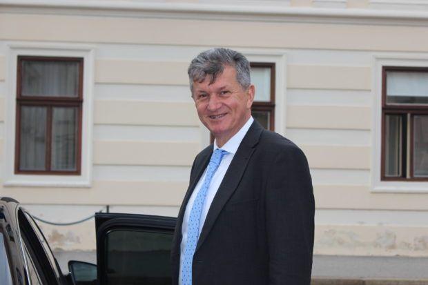 Ministar Kujundžić: Prvi oboljeli od SMA na terapiji s novim lijekom za dva do četiri tjedna