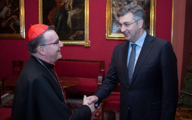 Kardinal Bozanić uputio uskrsnu čestitku Predsjedniku Vlade Plenkoviću i njegovoj obitelji