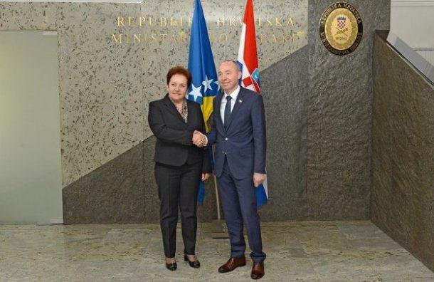 Krstičević s ministricom obrane BiH Marinom Pendeš