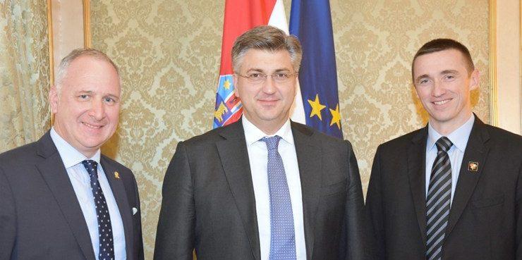 Premijer Andrej Plenković s gradonačelnicima Splita i Vukovara o prioritetnim projektima