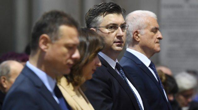 """Premijer Plenković: Propovijed kardinala Bozanića """"poruka zajedništva i dijaloga"""""""