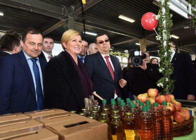 Predsjednica Grabar-Kitarović u Gudovcu pozvala na sveobuhvatnu agrarnu reformu